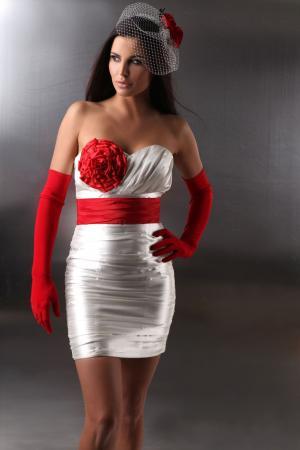 ... , Brautmode online bestellen - Kurzes Standesamtkleid weiß und rot