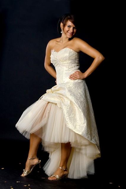 Maßgeschneidertes kurze Brautkleid creme Gold aus Taft