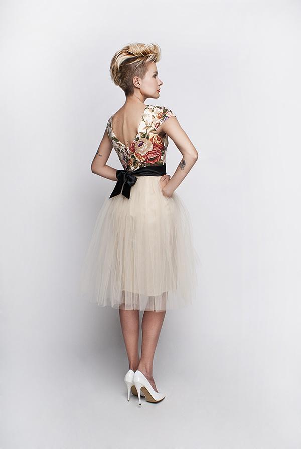 standesamt kleid beige creme mit rosenmuster kleiderfreuden. Black Bedroom Furniture Sets. Home Design Ideas
