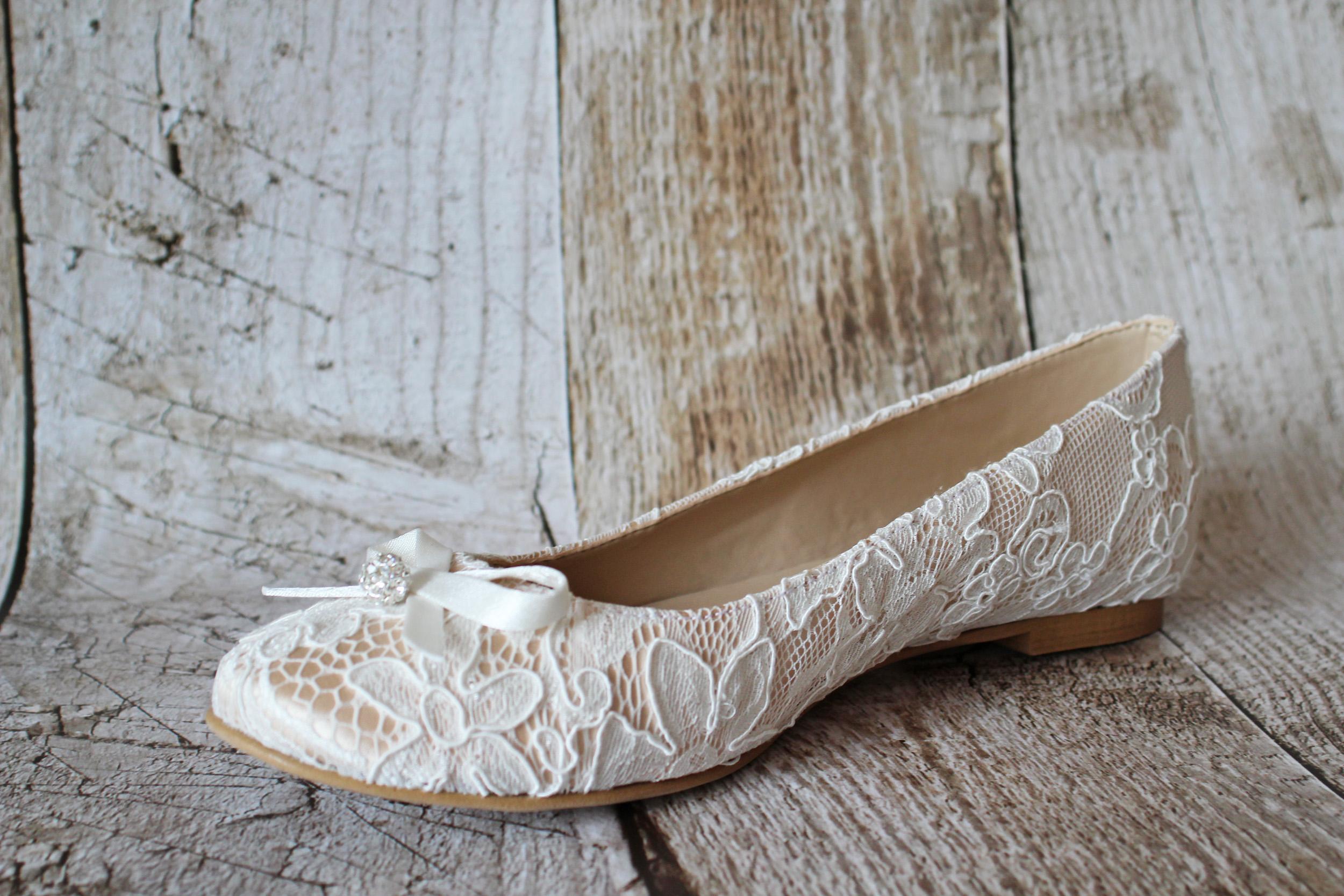 9d0288ca054e31 Flache Brautschuhe Ballerinas Spitze creme beige - Kleiderfreuden
