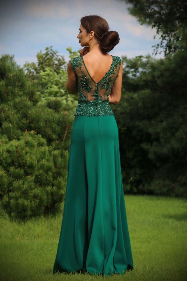 Abendkleid mit Beinschlitz Smaragdgrün mit viel Spitze ...