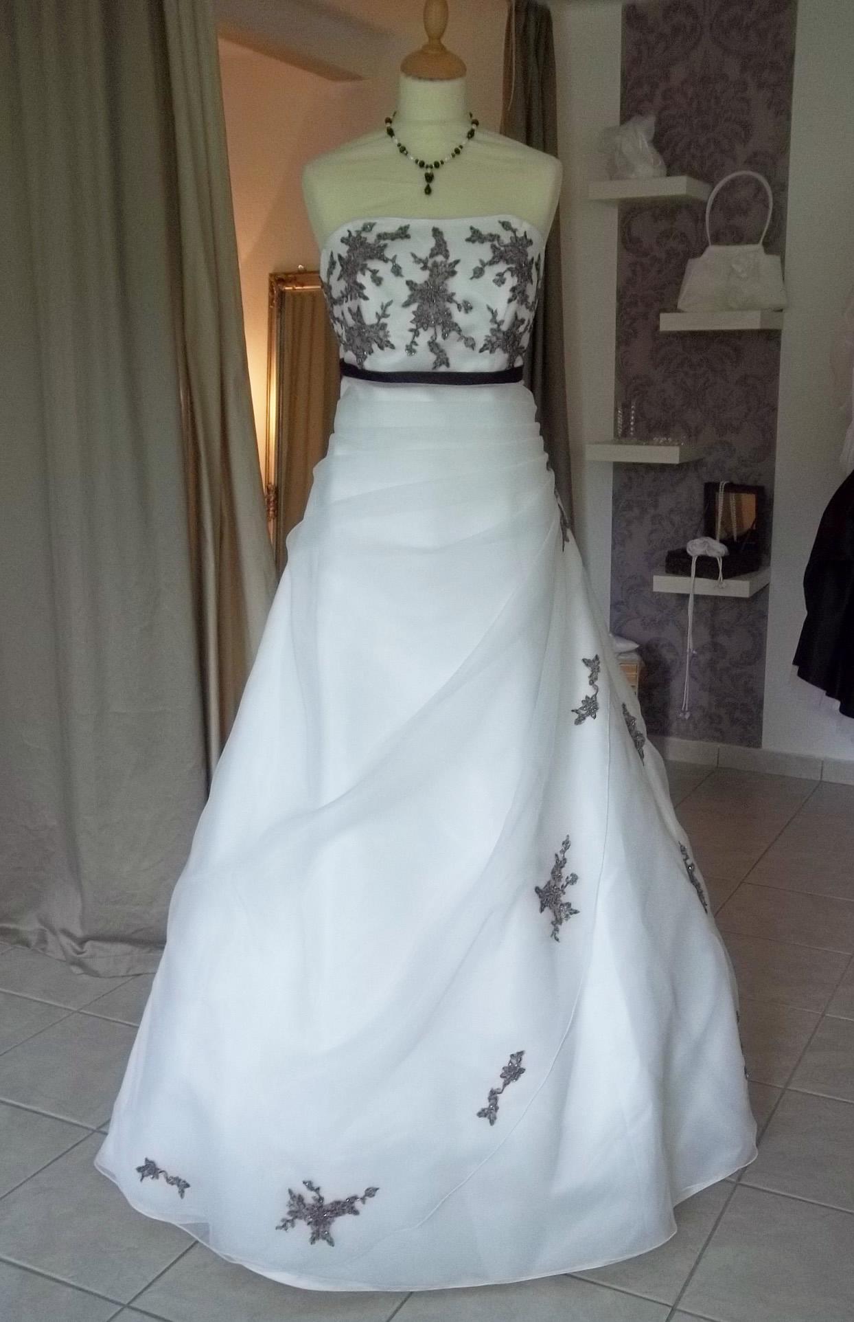 Empire Brautkleid ivory lila mit Schleife - Kleiderfreuden