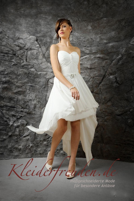 asymmetrisches brautkleid standesamtkleid kurz und sommerlich kleiderfreuden. Black Bedroom Furniture Sets. Home Design Ideas
