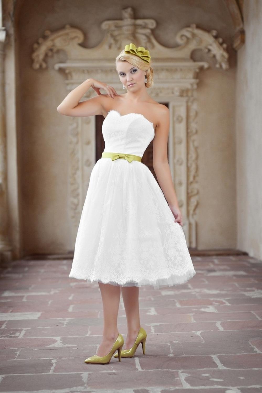 kurzes hochzeitskleid standesamtkleid aus spitze knielang kleiderfreuden. Black Bedroom Furniture Sets. Home Design Ideas