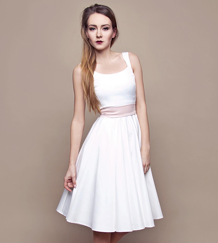 Kurzes Standesamtkleid mit Trägern weiß & rosa ...