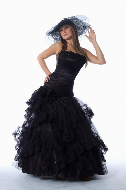 Pompöses schwarzes Abendkleid Ballkleid mit Spitzenbesatz ...