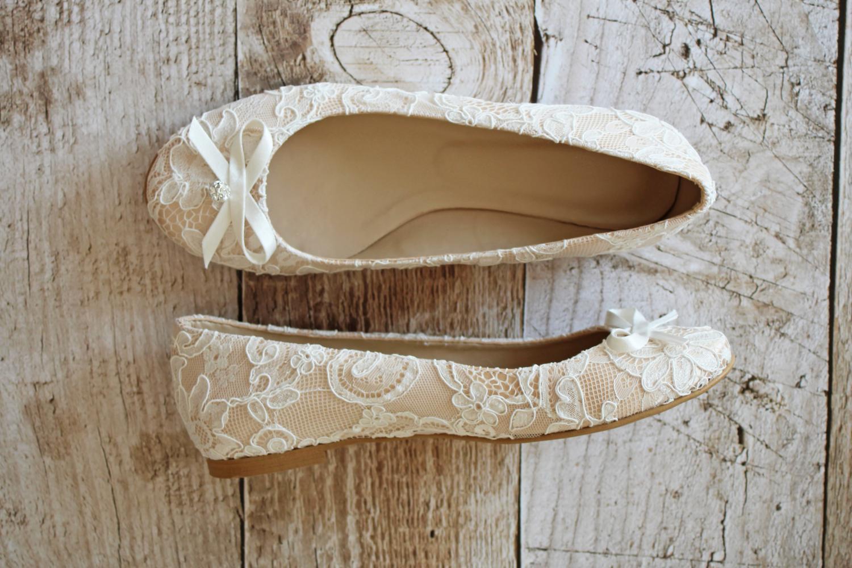 flache brautschuhe ballerinas spitze creme beige. Black Bedroom Furniture Sets. Home Design Ideas