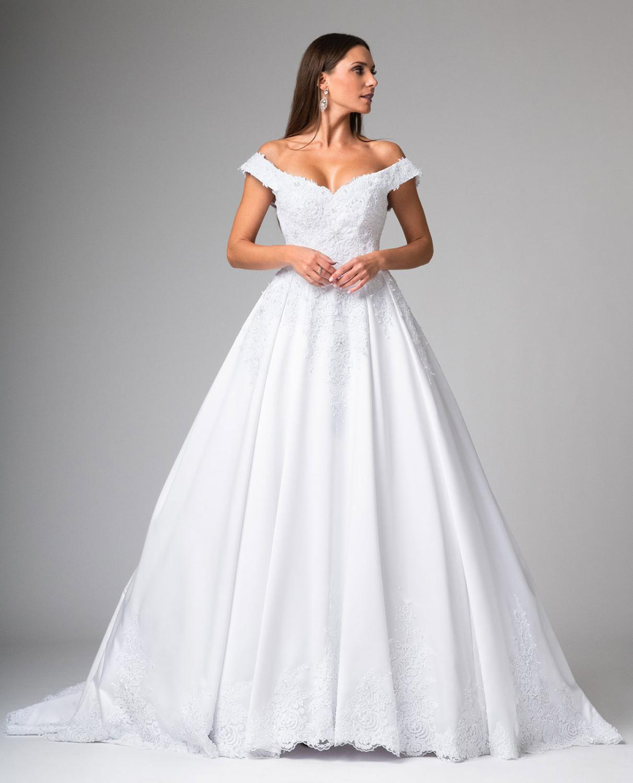 Prinzessinnen Brautkleid mit Carmen Ärmeln schulterfrei