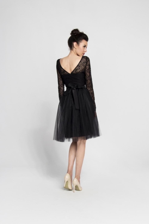 Kurzes schwarzes Cocktailkleid mit langen Ärmeln - Kleiderfreuden