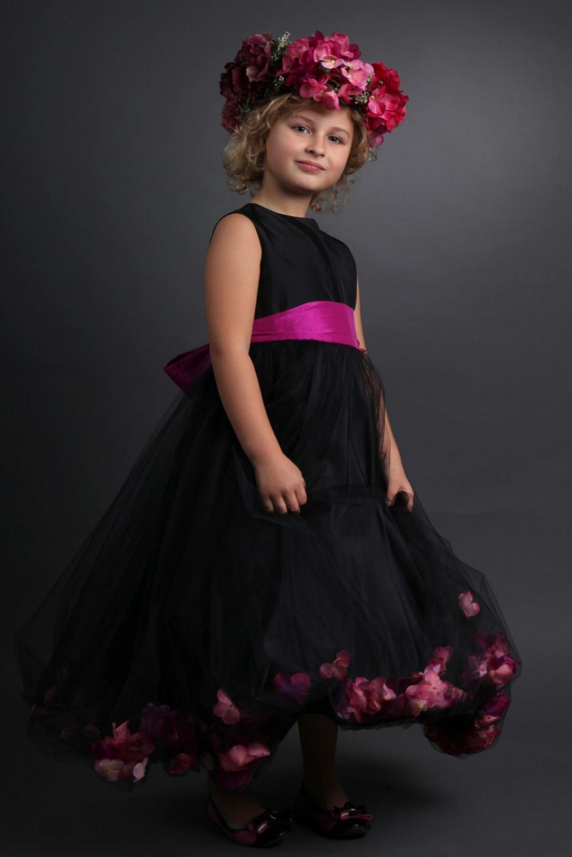 Festliches Kleid für Mädchen Rosenblätter Pink Schwarz ...