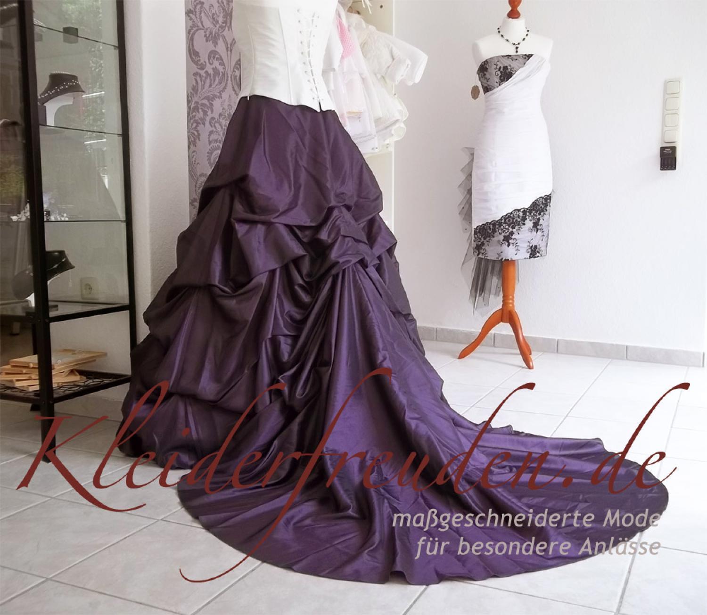 Brautkleid lila creme