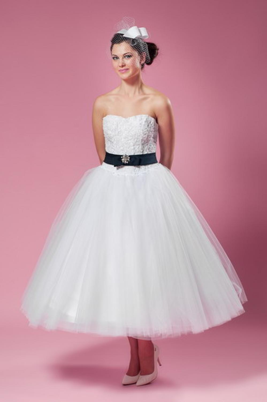 Tolle Pink Und Schwarz Brautkleider Galerie - Brautkleider Ideen ...