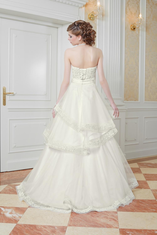 ... & Schleppen » Hochzeitskleid mit abnehmbaren Rock Maßgeschneidert