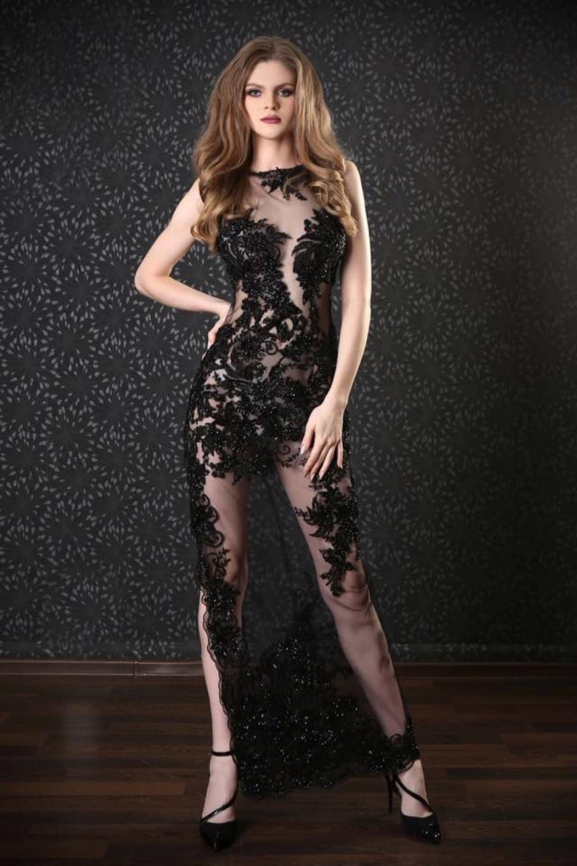 Sexy Spitzenkleid in schwarz mit langem Beinschlitz ...