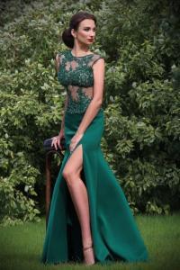 23b026dc42ef ... Sexy Spitzenkleid schwarz mit Beinschlitz. Abendkleid mit Beinschlitz  Smaragdgrün mit viel Spitze