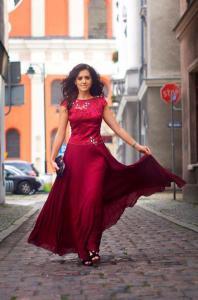 50fa4114ee29 Lange Abendkleider nach Maß geschneidert. - Kleiderfreuden